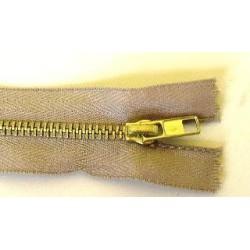 Cipzár 14 cm fém bézs
