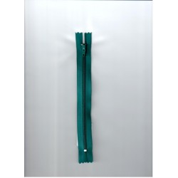 Cipzár 18 cm műanyag smaragdzöld