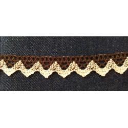 Pamutcsipke 2 cm barna krém mintás cikkcakkos szélcsipke