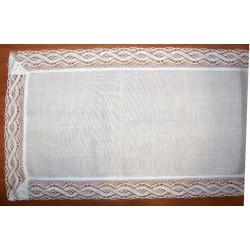 Hímezhető terítő csipkével 40x110 cm fehér