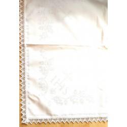 Hímezhető terítő csipkével 55x55 cm IHS