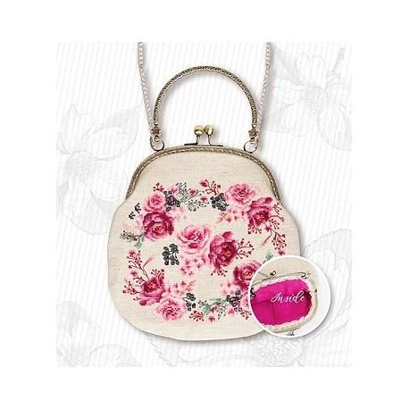 Hímezhető táska láncos táskanyitóval BAG019