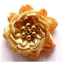 Díszrózsa gyönggyel 5 cm karamell